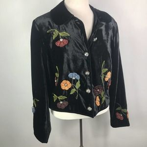 Double DD Ranch Wear button down floral embroider